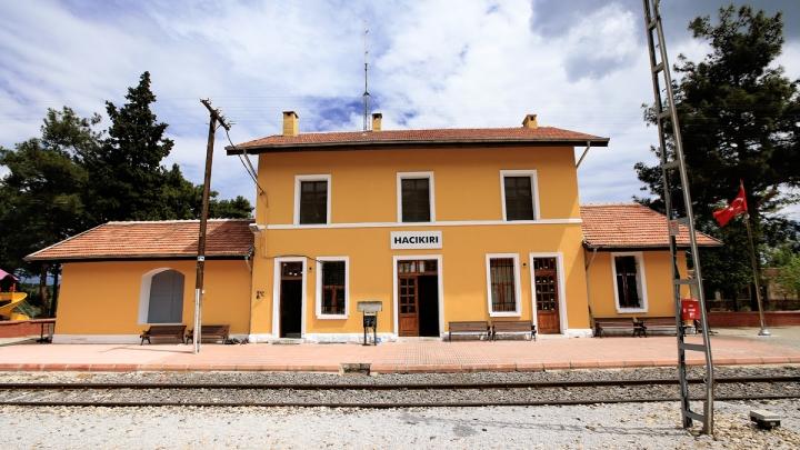 Hacıkırı İstasyonu